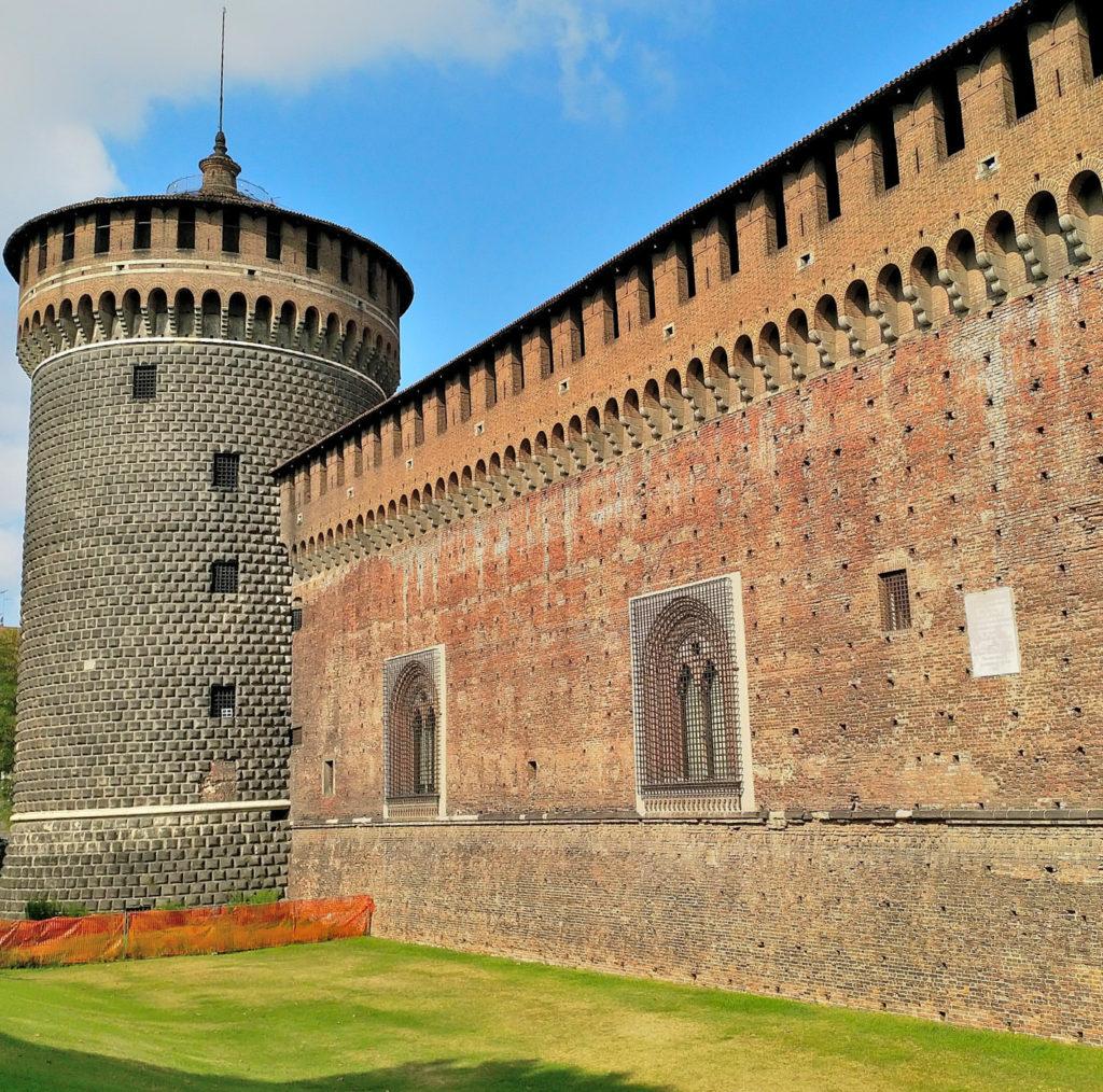 Sforzesco Castle (11).jpg