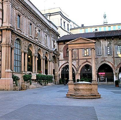Piazza Mercanti (5).jpg