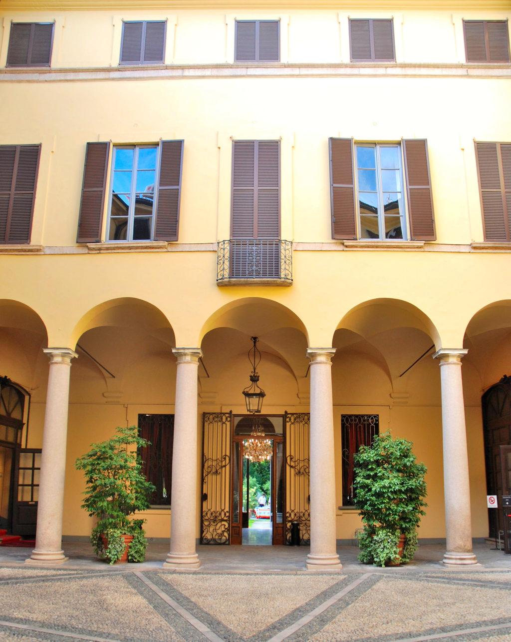 Palazzo Crivelli (3).JPG
