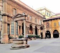 Piazza Mercanti (2).jpg